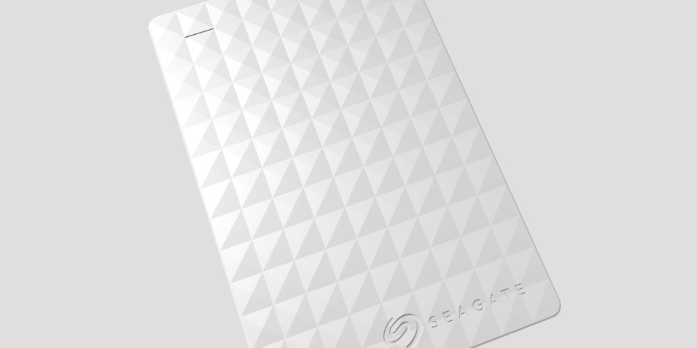 White seagate expansion close up shot by ashcraft design.